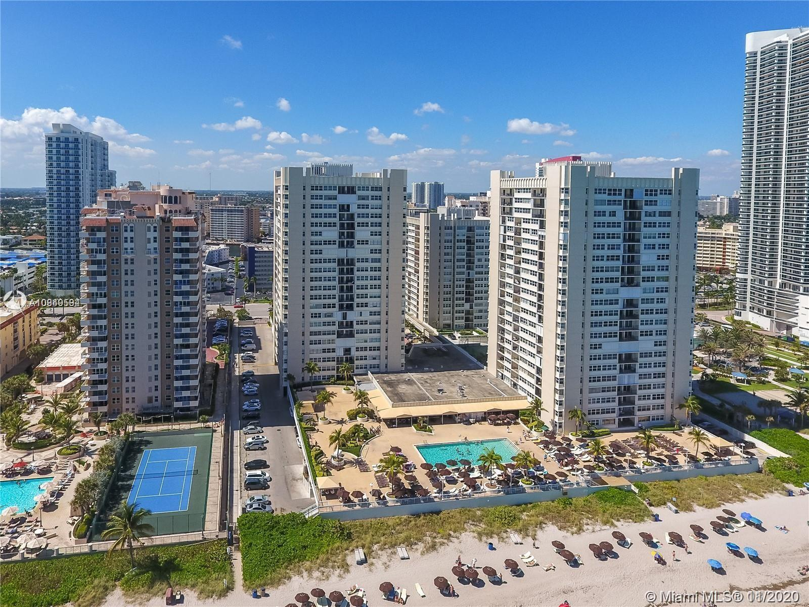 Right on the sand. Huge 1 bed on the high floor with a beautiful view of the ocean and Intracoastal