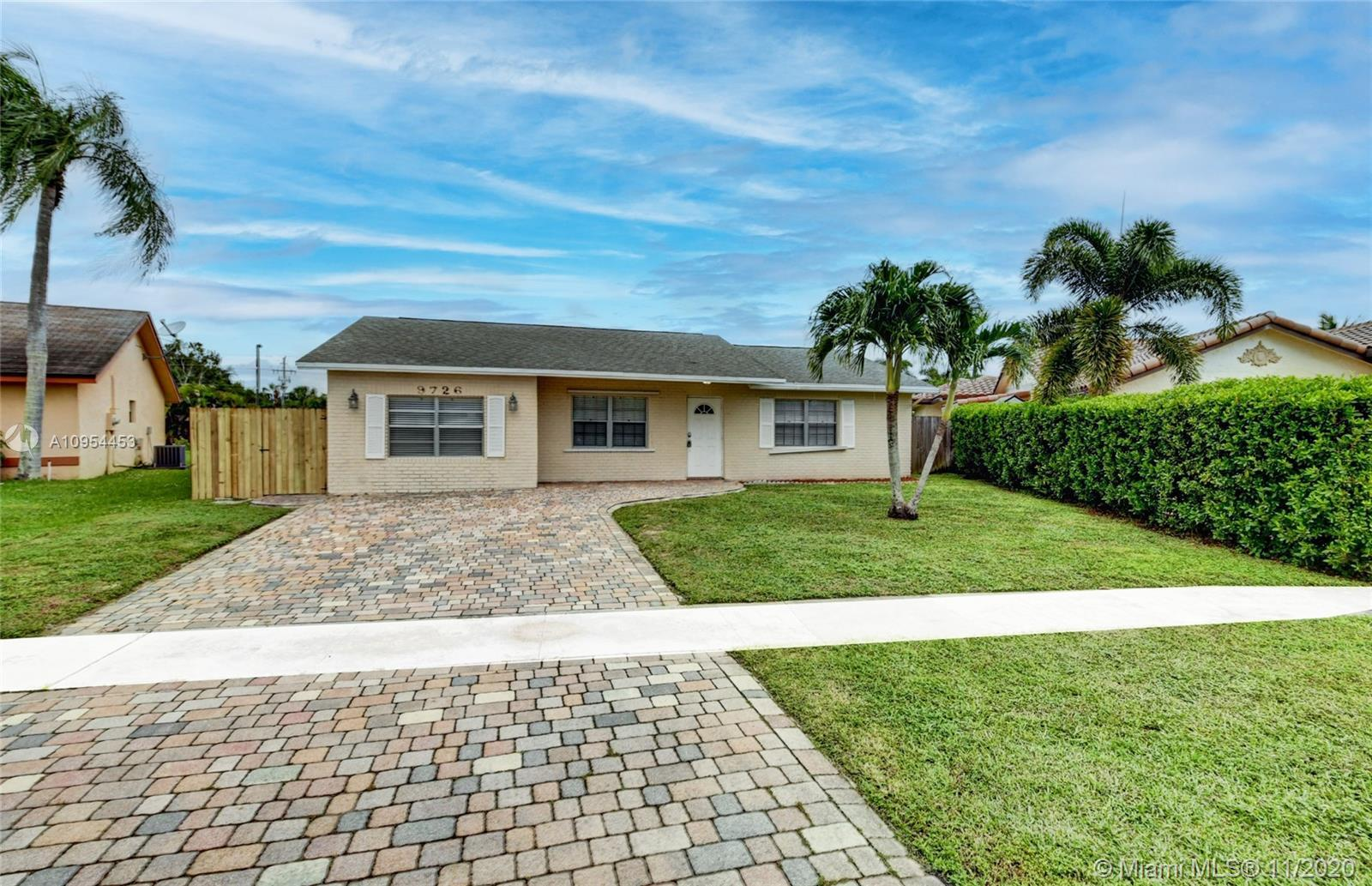 Lovely 3 bedroom, 2 bath home located in an A rated school district in the heart of Boca Raton! The