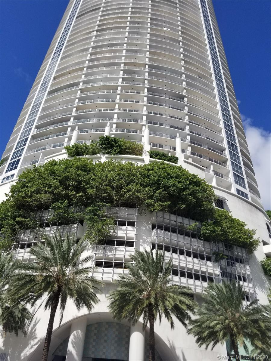 Best priced 2/2 with beautiful views of Miami skyline,!  Marble floors, stainless steel appliances,