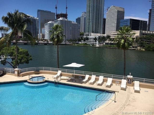BRICKELL KEY ISLAND NEW GEM!!! BEAUTIFUL BAY VIEW APARTMENT WITH 2 PARKING SPACES IN COURVOSIER COUR