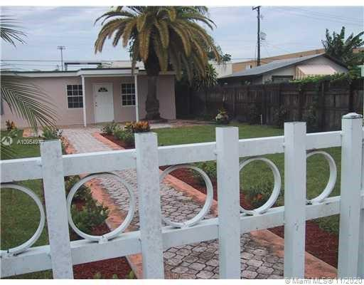 THIS 4/2 COMPLETELY REMODELED SINGLE FAMILY HOUSE IS A MUST SEE! THIS PROPERTY WITH FOUR BEDROOMS A