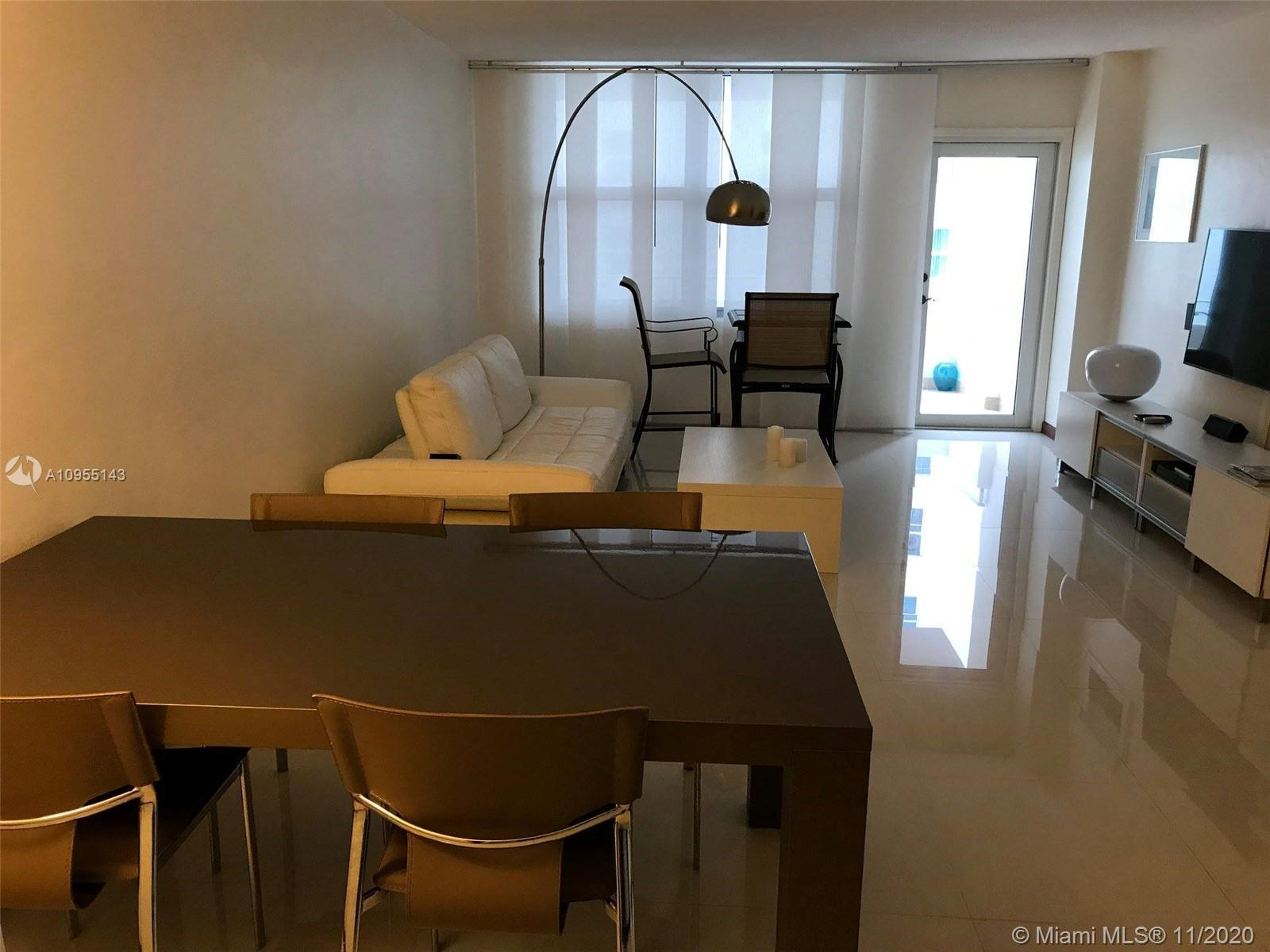 AMAZING APARTMENT !!!!! SEA AND CITY VIEW !!!! OCEAN FRONT, STEPS FROM THE MOST FAMOUS SHOPPING IN T
