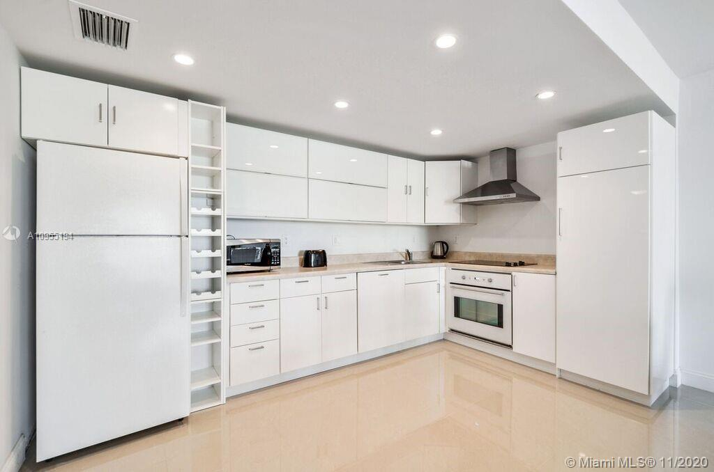 Best Location, renovated 1 Bedroom + DEN/1.5 upgraded baths, Open new Kitchen, Amenities include a f