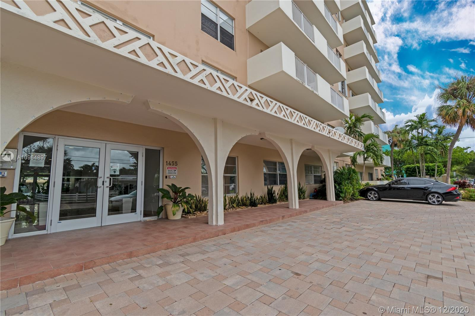 Updated corner building on the bay in North Bay Village. Beautiful very spacious 2/2 with large bedr