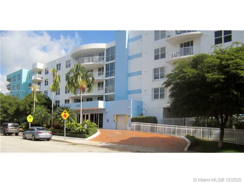 2Bed /2Baths in newer (built in 2005), secure building, located in North Bay Village. Unit offers a