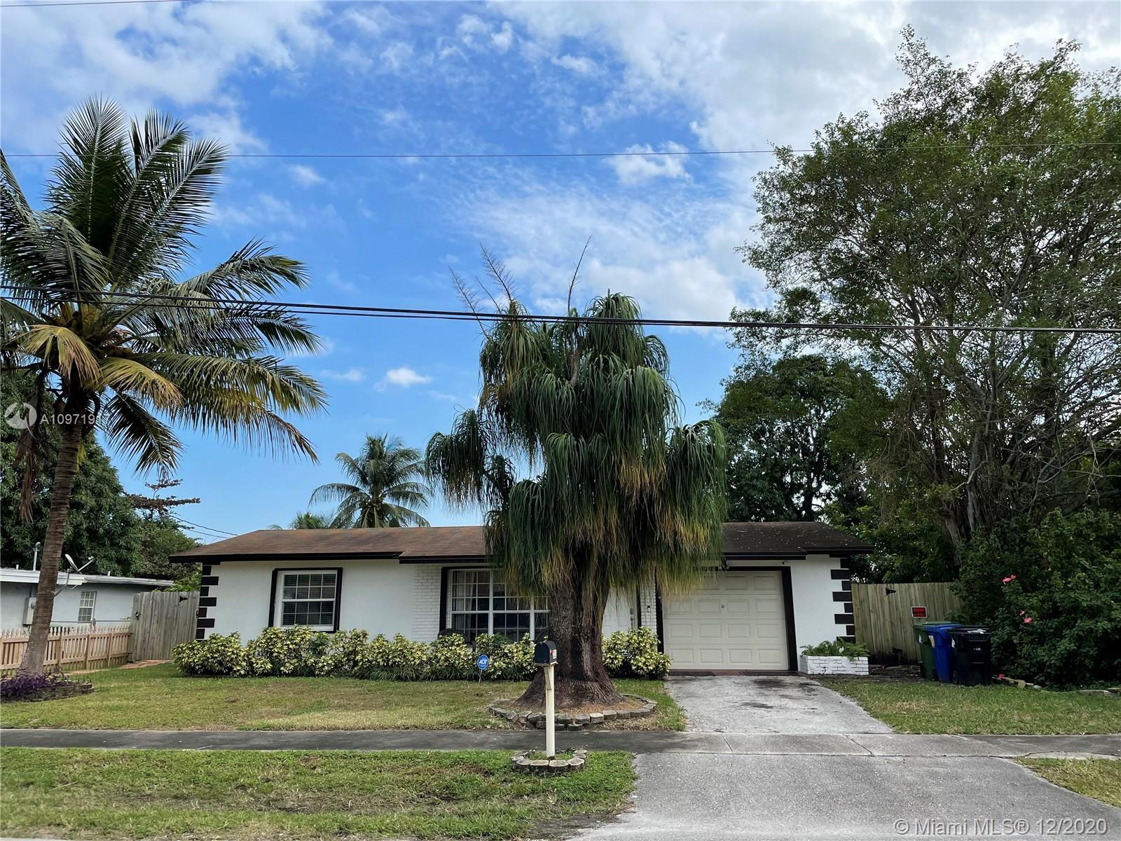 Beautiful Single Family Home!  3 bedrooms and 3 full bathrooms, with a Canal on the back with access