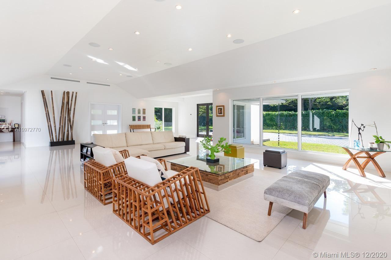 REBUILT in 2015, this One-Story contemporary Estate located in the heart of Pinecrest. This home off