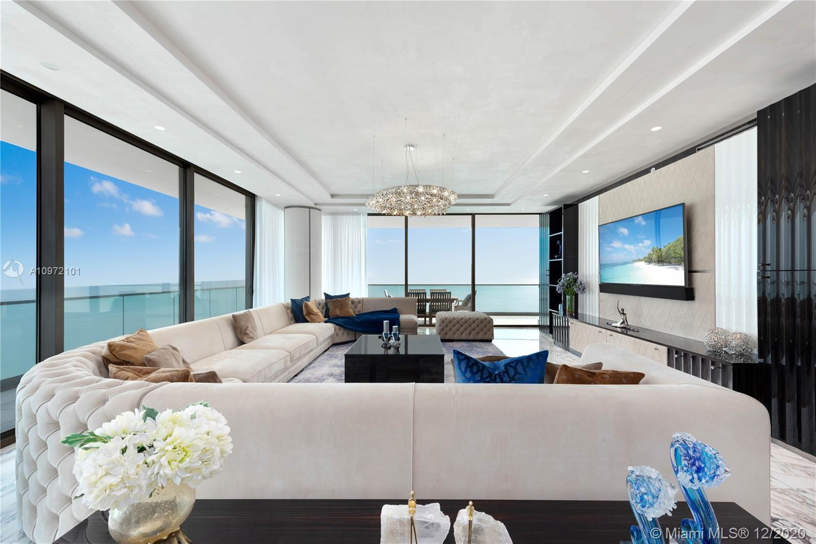 Masterpiece 3-bed, 4.5 bath residence surrounded by 180 degree views. This fully furnished unit feat