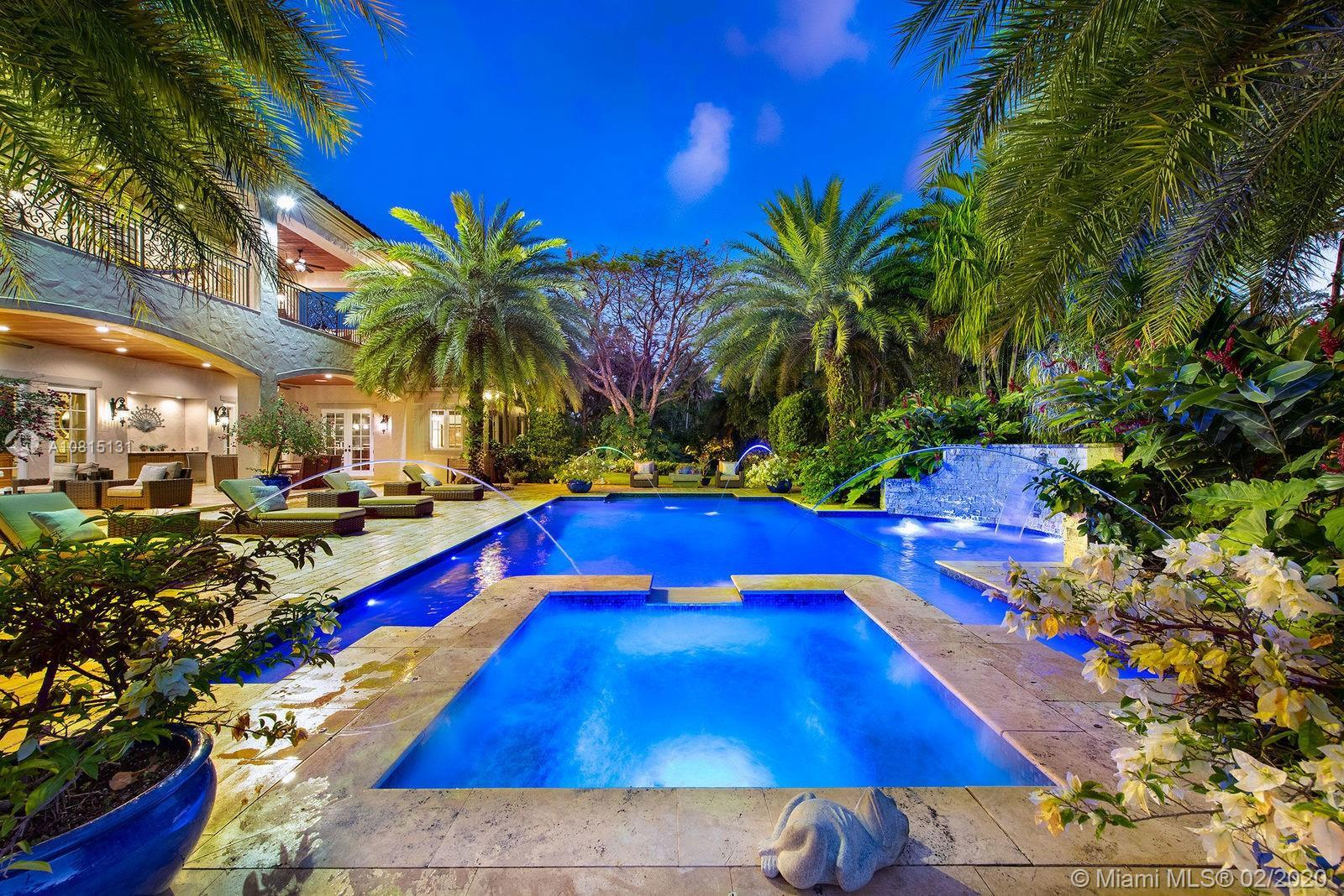 Stunning, breathtaking Pinecrest estate, transitional style. Recently renovated/updated with current