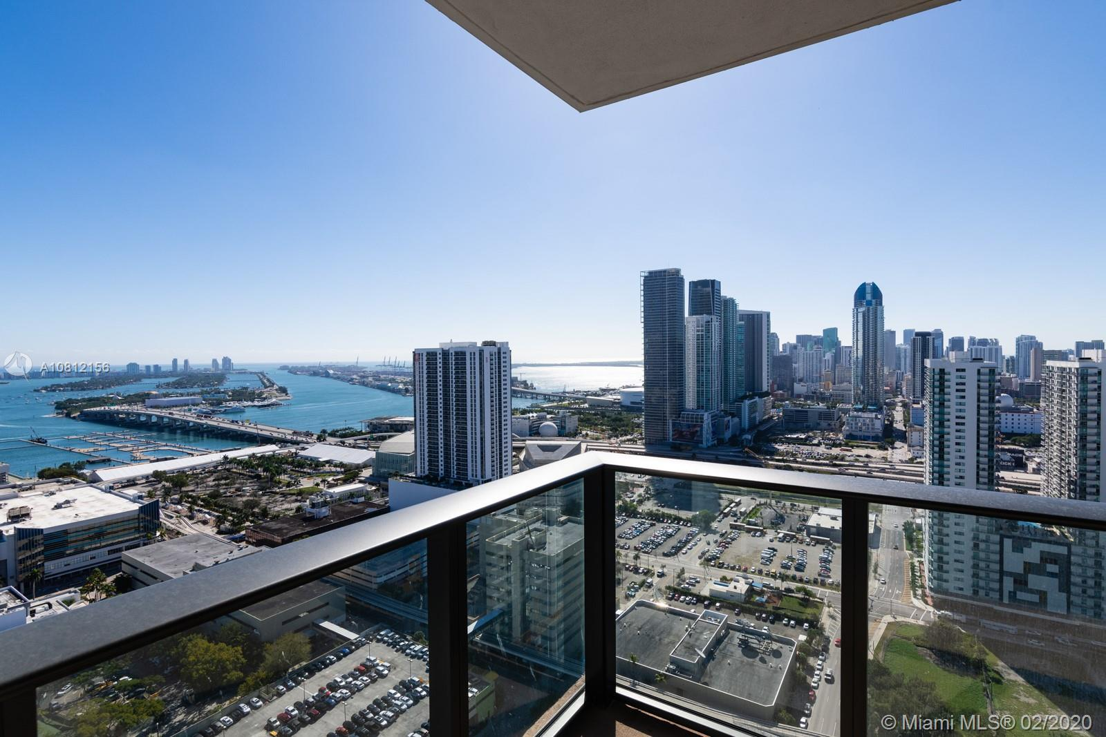 BEST PRICE IN CANVAS! Best View. Corner unit with South East exposure on 36th floor with an amazing