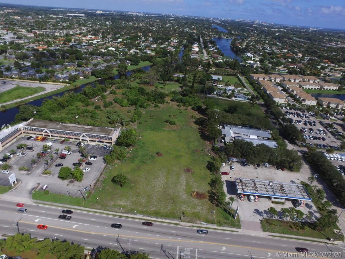 GREAT LOCATION!! APPROVED SITE PLAN- (+/- 278,340 SQFT)-(6.39 ACRES). SITE PLAN APPROVED FOR DEVELOP