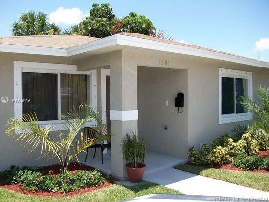 3 bedroom 2 bath, CBS, single family home completed in 2007. Has custom cabinets, granite counter-to