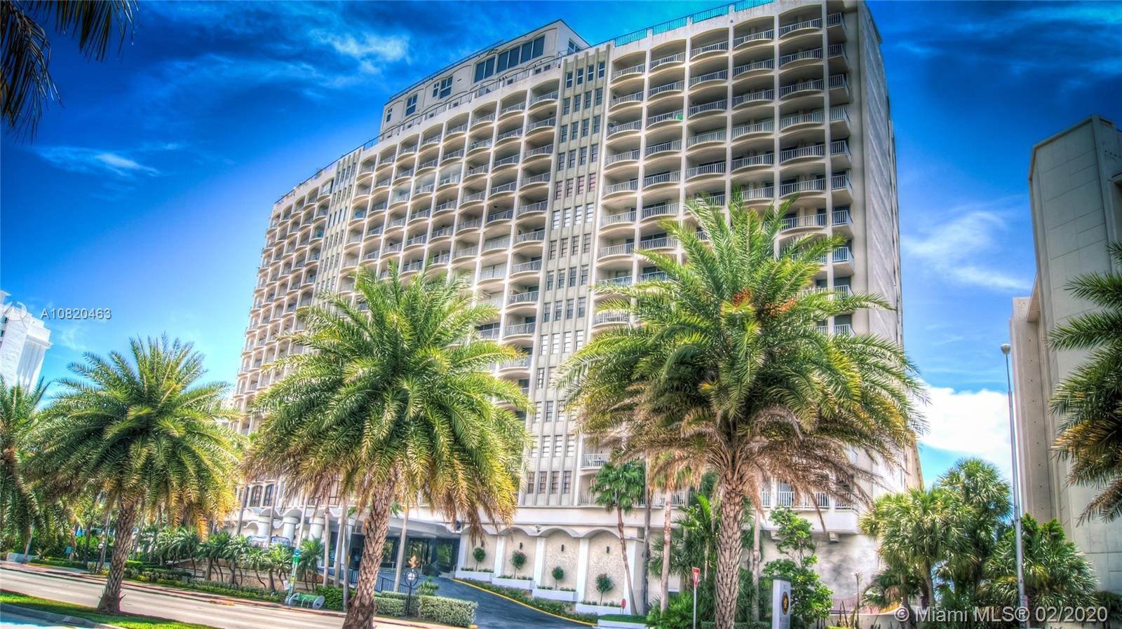 ** SPECTACULAR INTRACOASTAL - CITY & BAY VIEW ** Enjoy this large studio converted to 1 bedroom, 1 b