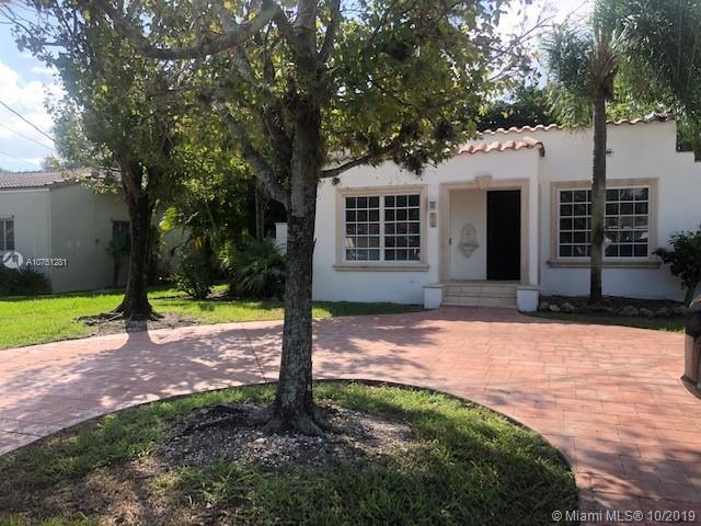BEAUTIFUL HOME EAST OF BISCAYNE BLVD  IN MIAMI SHORES, PRIVATE BACK YARD WITH HUGE WOOD DECK.   ROOM
