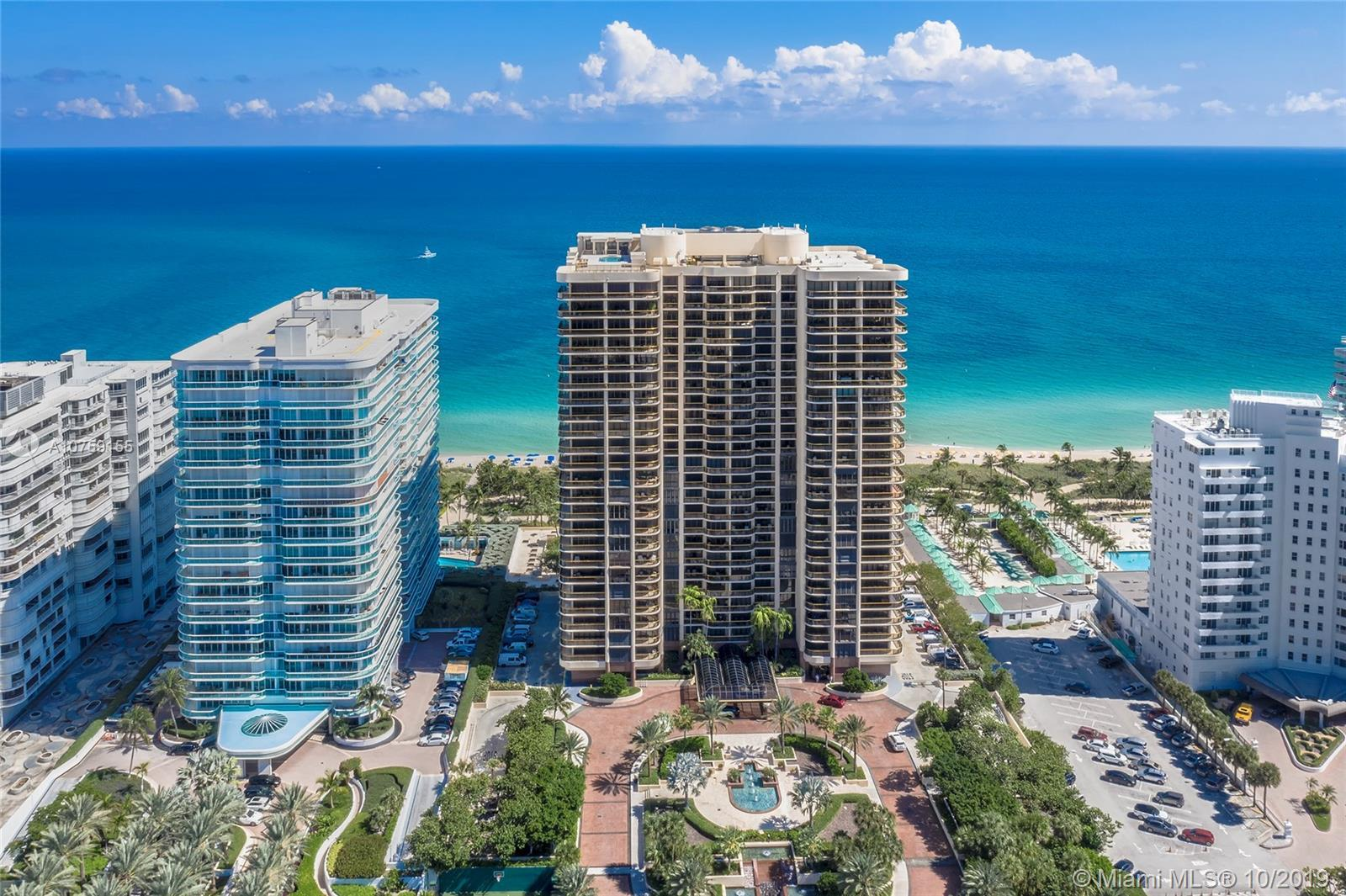One of South Florida's most desirable communities and most coveted building. A private elevator welc