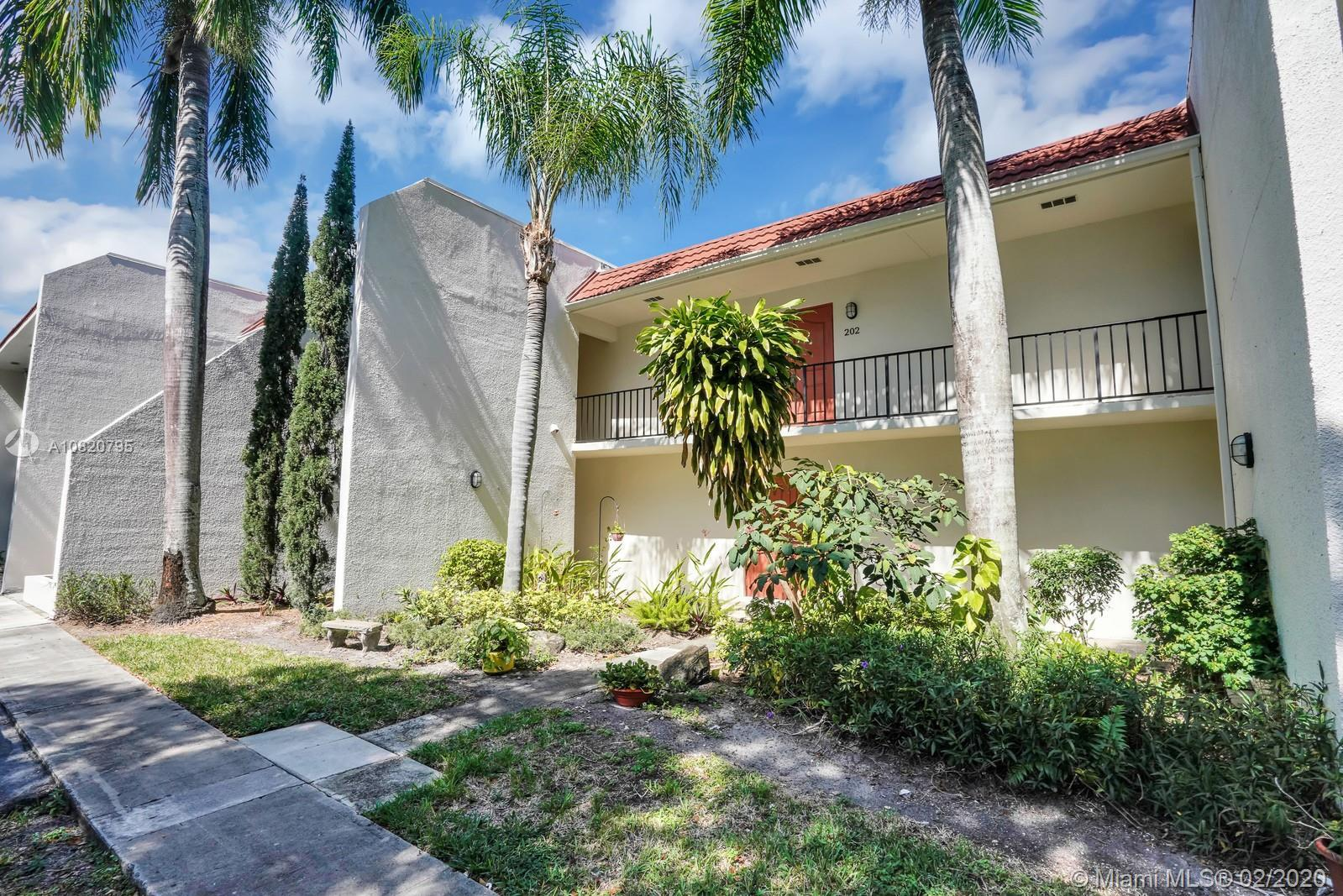 LARGEST APT. IN 42 UNIT COMPLEX WITH 3 BR/2.5 BA. HURRICANE PROOF WINDOWS WITH GREAT LIGHT AND BRIGH