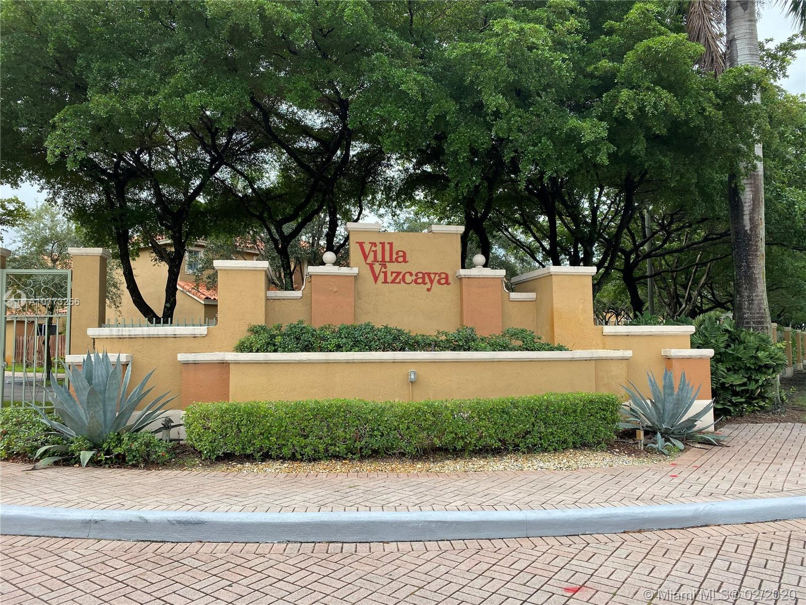 Beautiful townhome in Villa Vizcaya! Features 3 bedrooms, 2.5 baths, living-dining room, kitchen, family room, patio, 2 assigned parking spaces, community pool, child play area, guard gated and so much more! Bedrooms are upstairs. This is a corner unit with guest parking on the side. Credit/background check required with all offers. Dogs under 20 lbs allowed. Non-smokers only. ASSOCIATION ONLY ALLOWS 2 CARS.