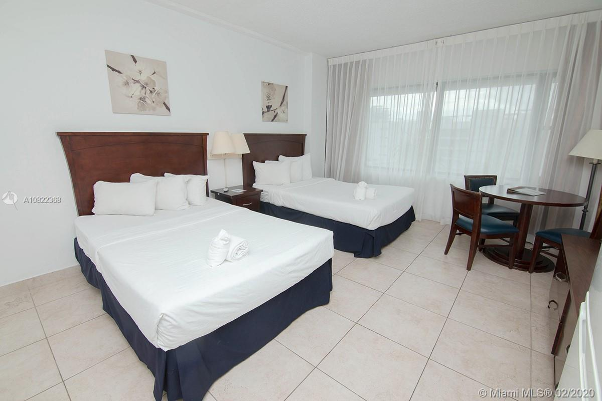 CASH DEAL !!! GREAT INVESTMENT OPPORTUNITY!!!. IN THE HEART OF MIAMI BEACH. STUDIO WITH 1 FULL BATH,