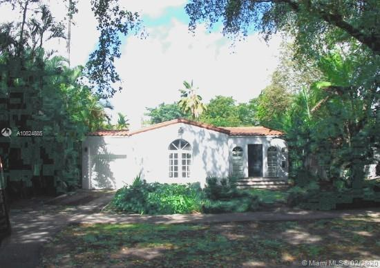 Classic Old Spanish built by architect George Bruce in 1938. You will enjoy showing this home. Ambie