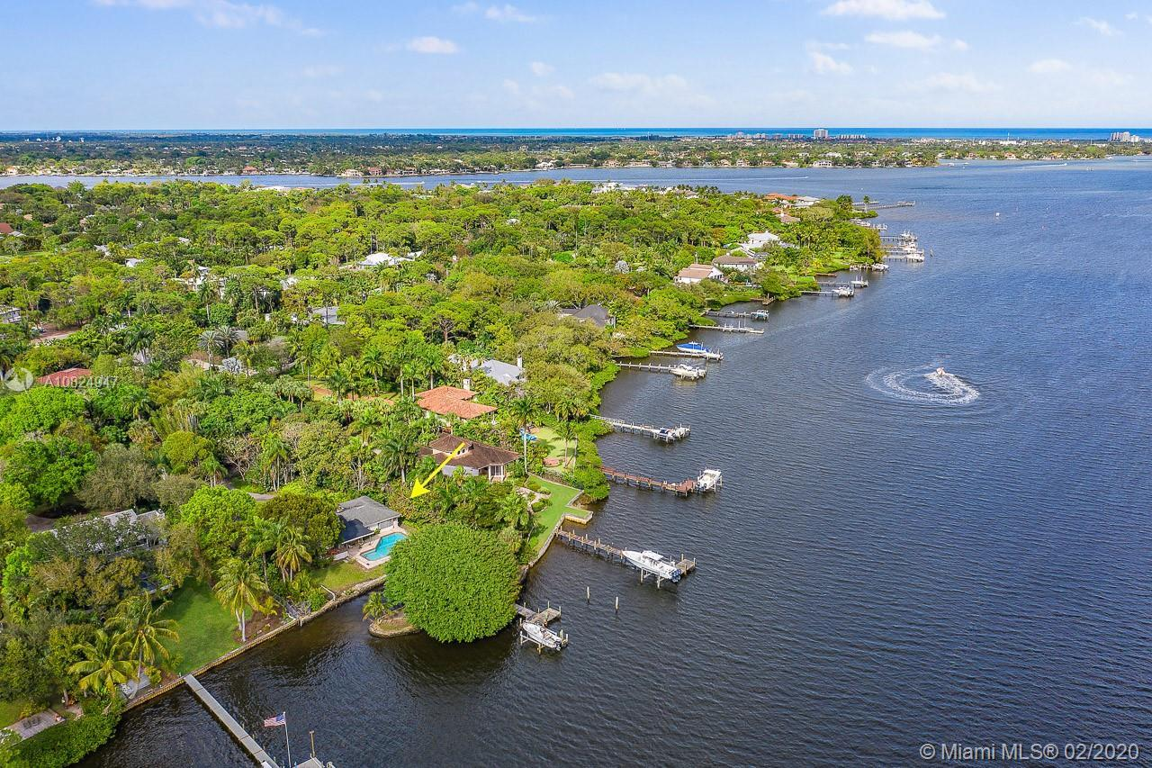 Don't miss this exceptional Pennock Point, .91 acre, estate property. Southern exposure, sought afte