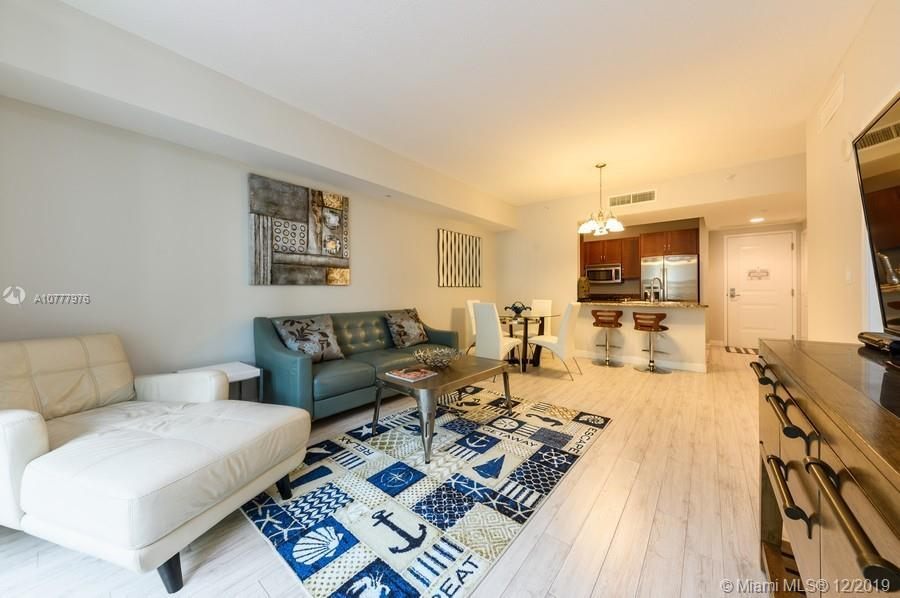835sf 1 bd/1.5 ba. Turnkey ready for investors/vacation home! Fully furnished, renovated, beautiful