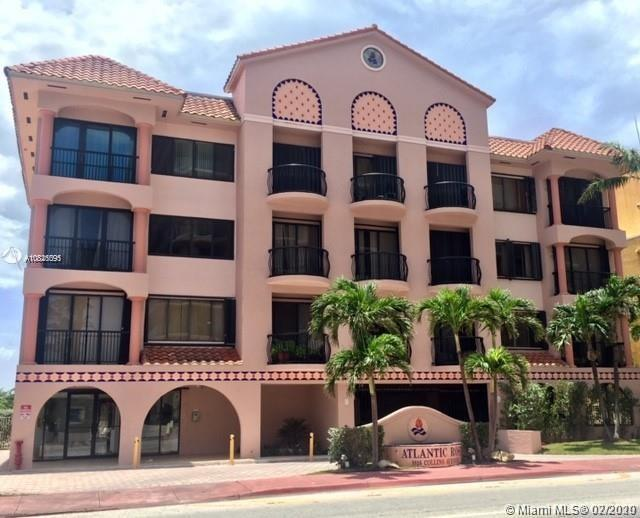 Spacious unit has beautiful sunset views. Right across the street from the beach with a total of 18