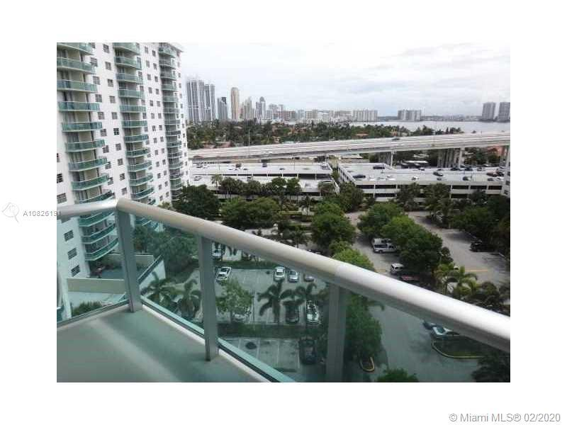 Great investment. Sunny Isles Beach. Oceanview Condo. Building B. Very nice 1 bed/1 bath condo on 10