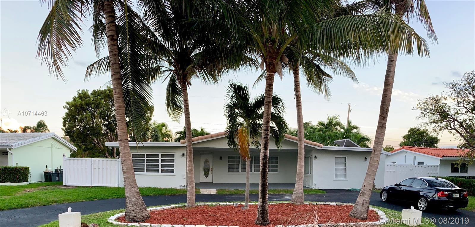 Beautiful 5/3 with two master suites that has been fully remodeled with brand new stainless steel ap