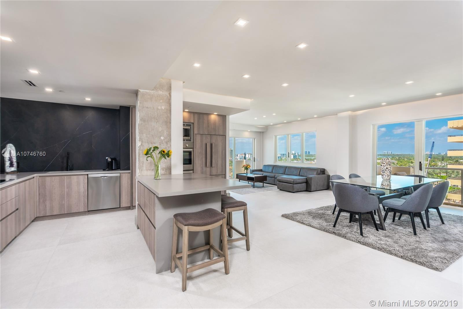 Completely Remodeled HIGH END Modern 2 Story Penthouse 2,173 sq.ft  - 3 Bed / 3 Bath with 4 separate