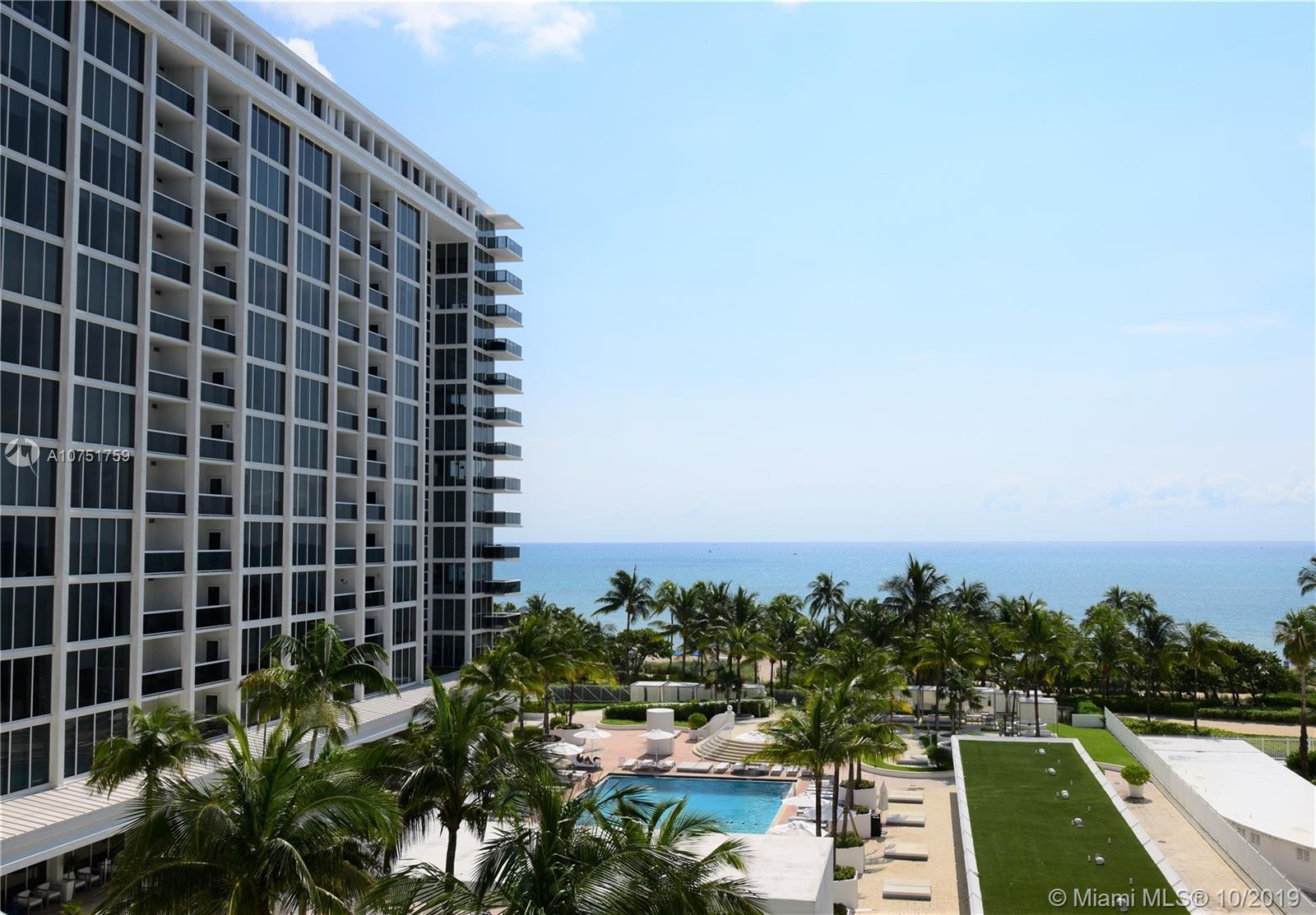 This beautiful and impeccable corner unit has 2 Bed/2 bath with direct ocean and partial city views.