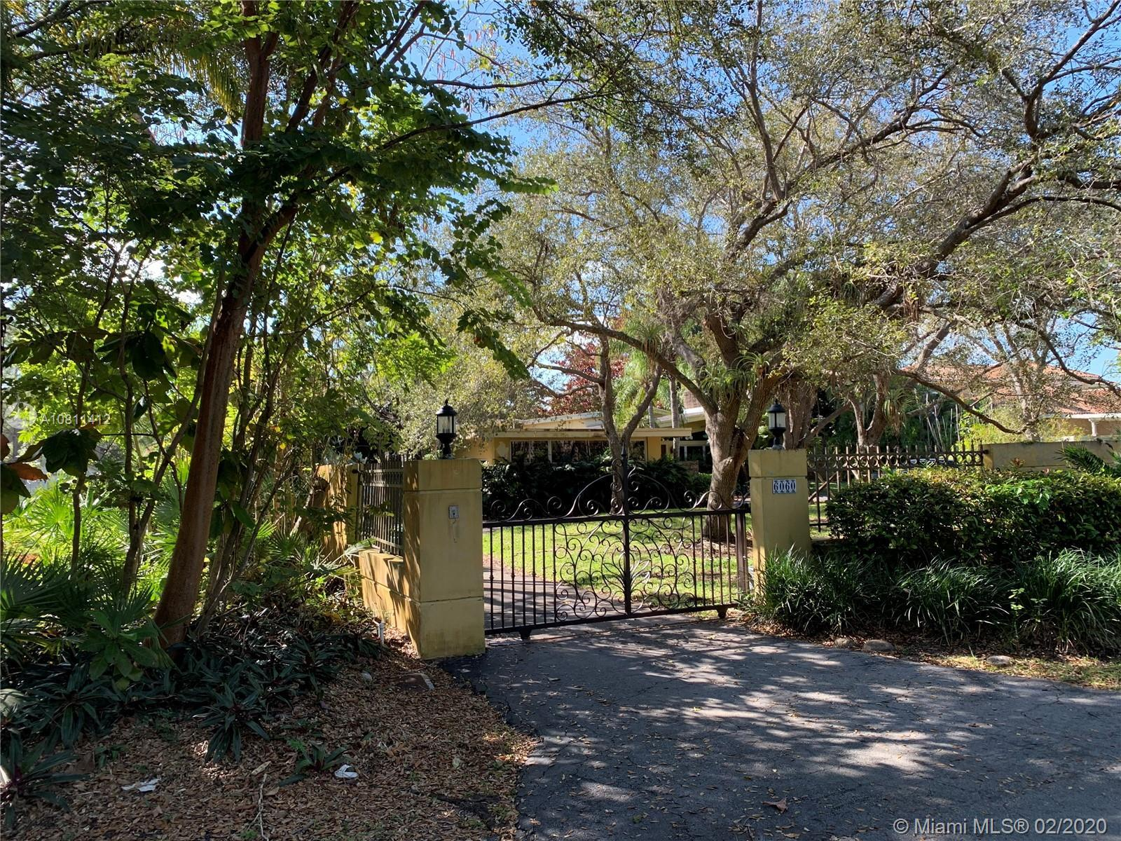 This is a wonderful opportunity to own this great home in this much desired Pinecrest neighborhood.