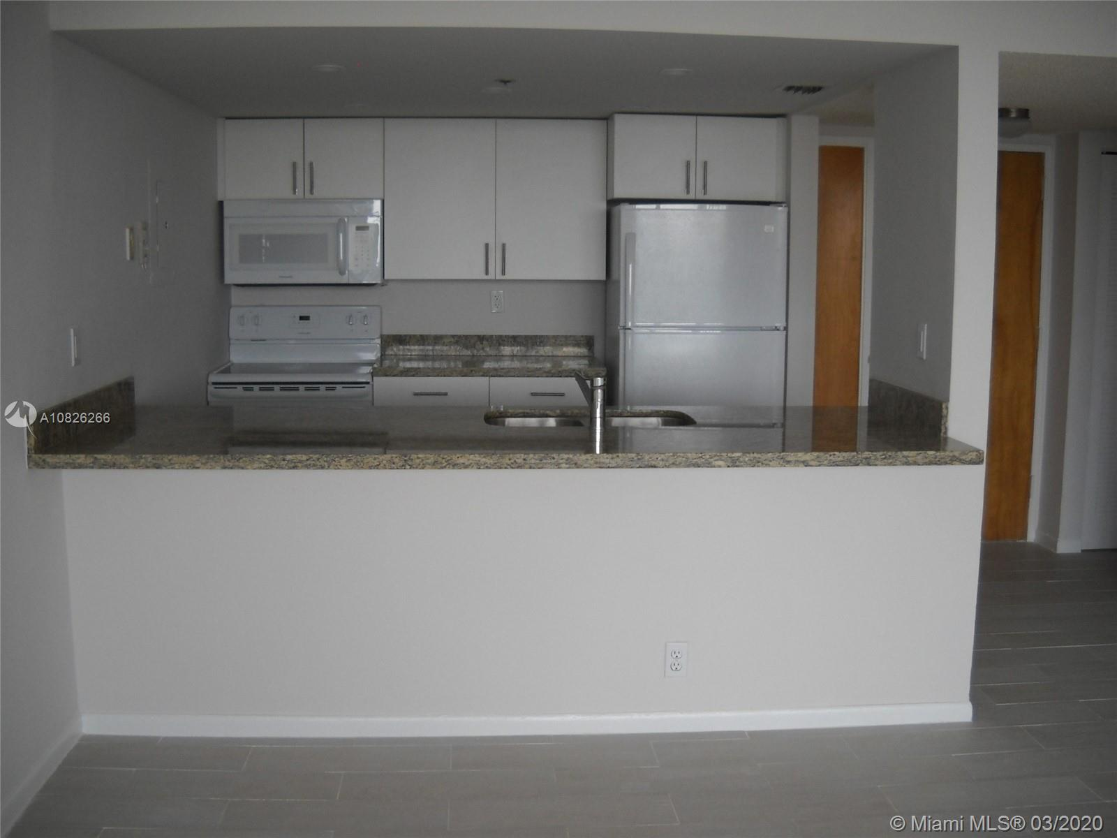 2 bedrooms and 2 full bathrooms. Gorgeous views from every where. Split floor plan. Bright unit with