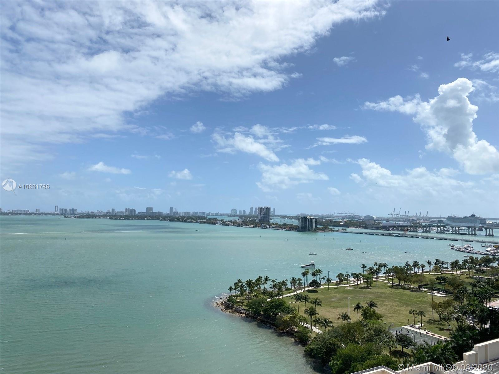 Unobstructed direct views of Biscayne Bay from this exquisite unit at Paramount Bay. The unit featur