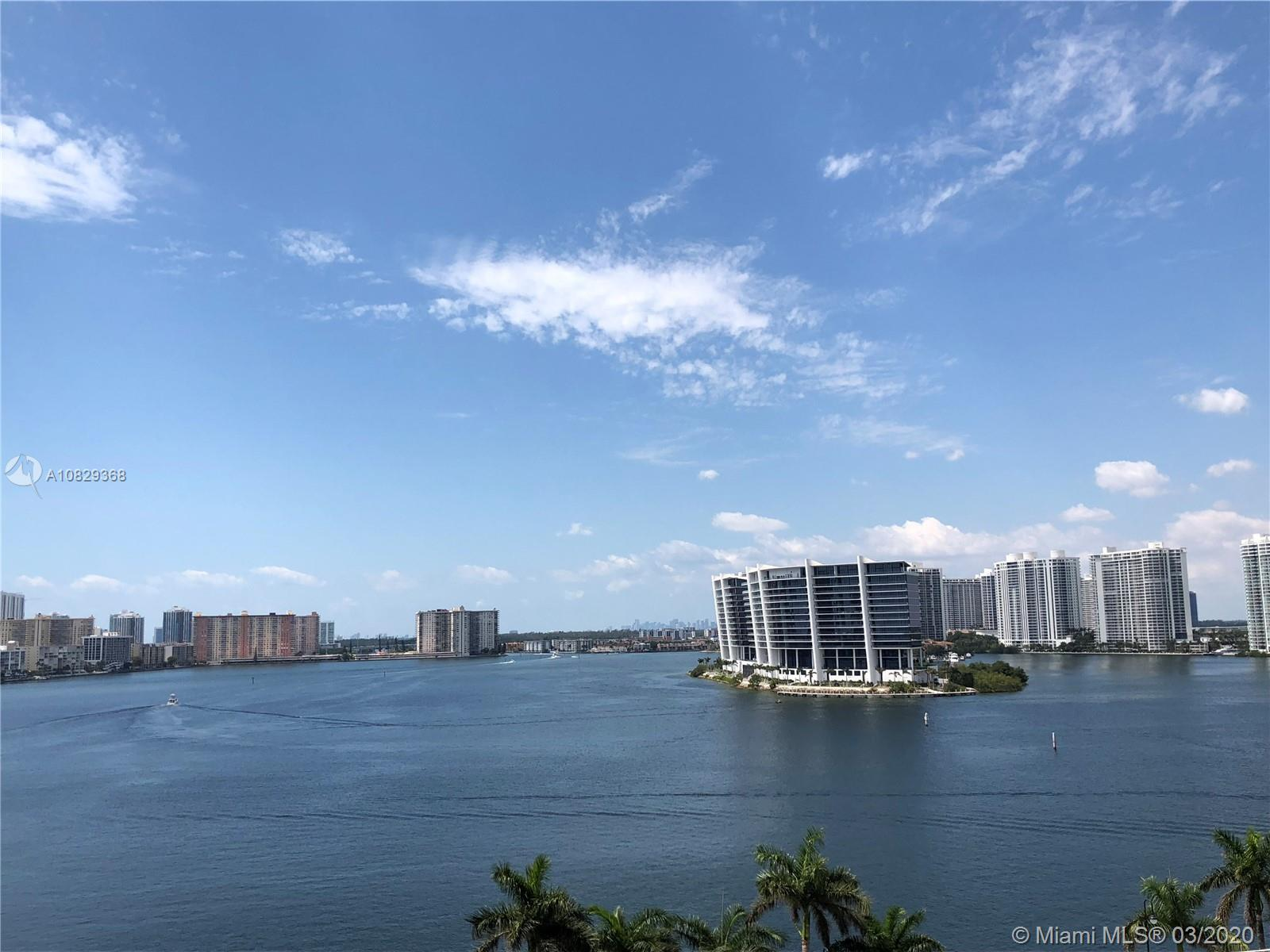 Beautiful 1,181 Sq.Ft, 2 bedrooms 2 bath apartment looking at the intercoastal and ocean, Amazing am