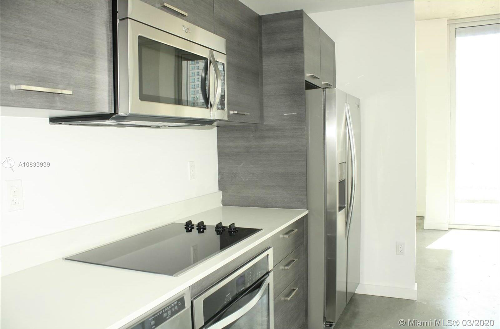 Amazing 2 bed / 2 bath high rise unit at Centro loft Condo, just in the heart of MIami Downtown. Out