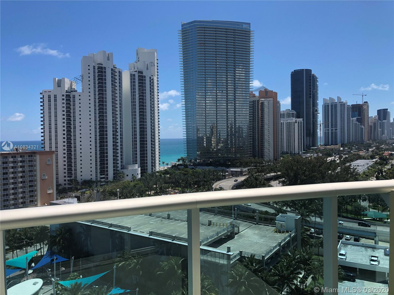 BEAUTIFUL FULLY REMODELED 1BR 1,5 BATHROOM PH UNIT WITH HIGH CEILINGS AND DIRECT OCEAN VIEW IN 5 STA