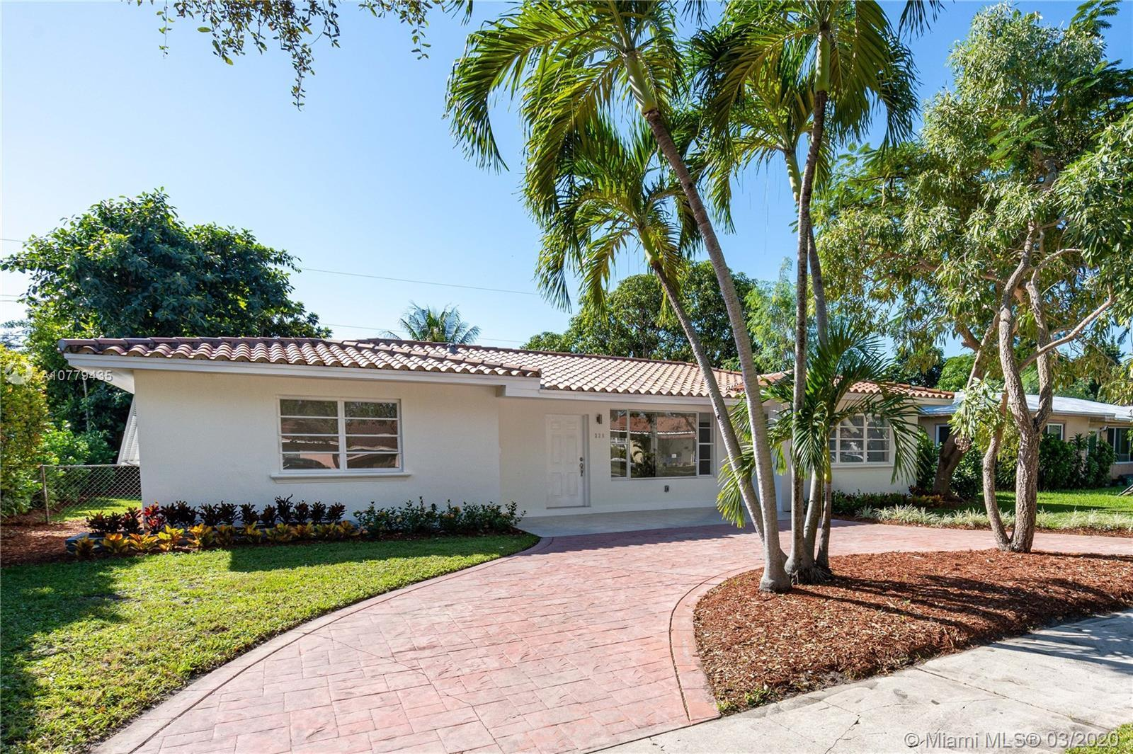 MIAMI SHORES beautiful 3 Bed/2 Bath clay tile roof home fully renovated with all permits. Great spli