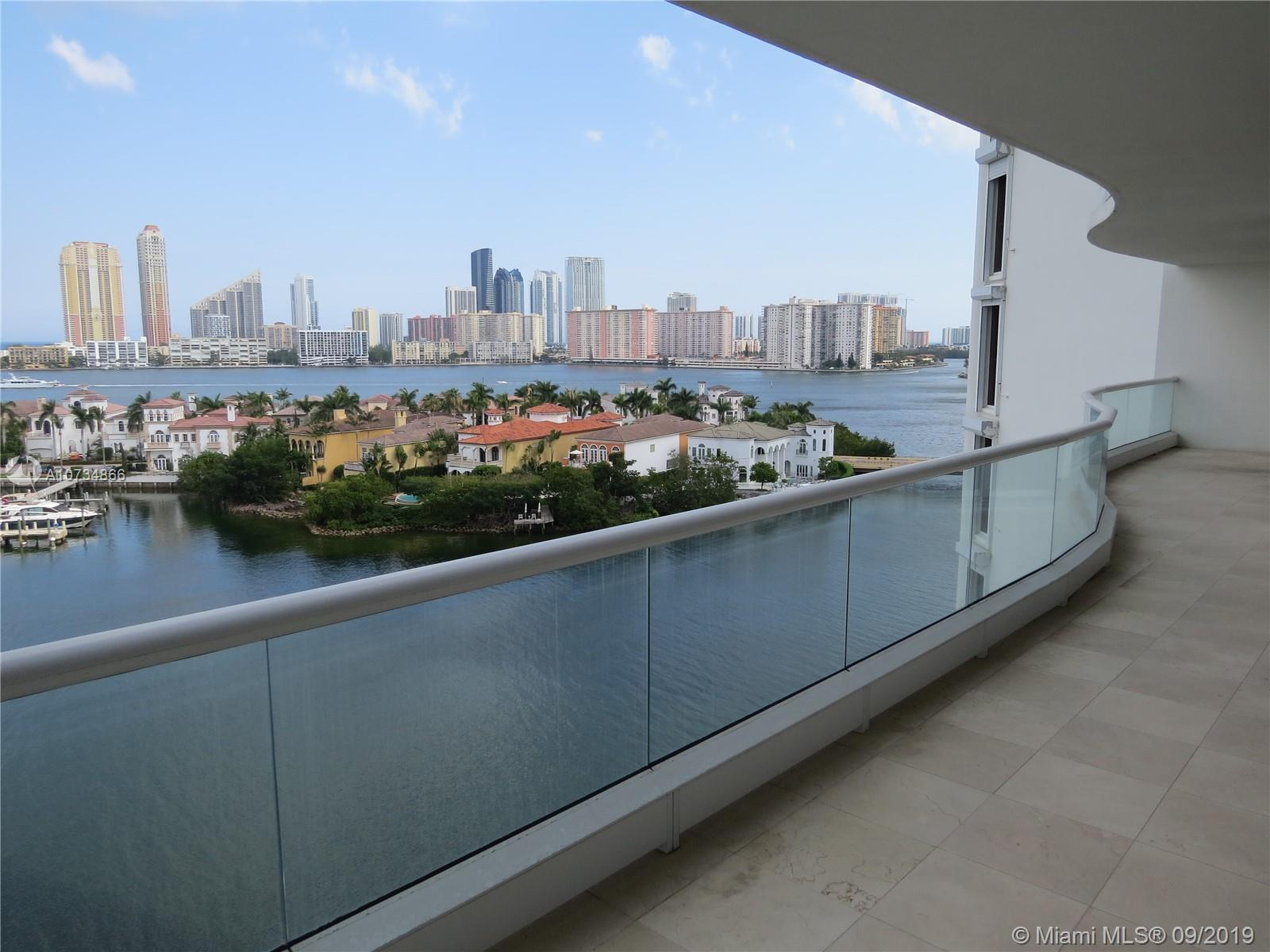 Williams Island - Tower 7000 / Aventura / 2 Beds / 2 Baths / 1,750 sq. ft. of living area / Extraord