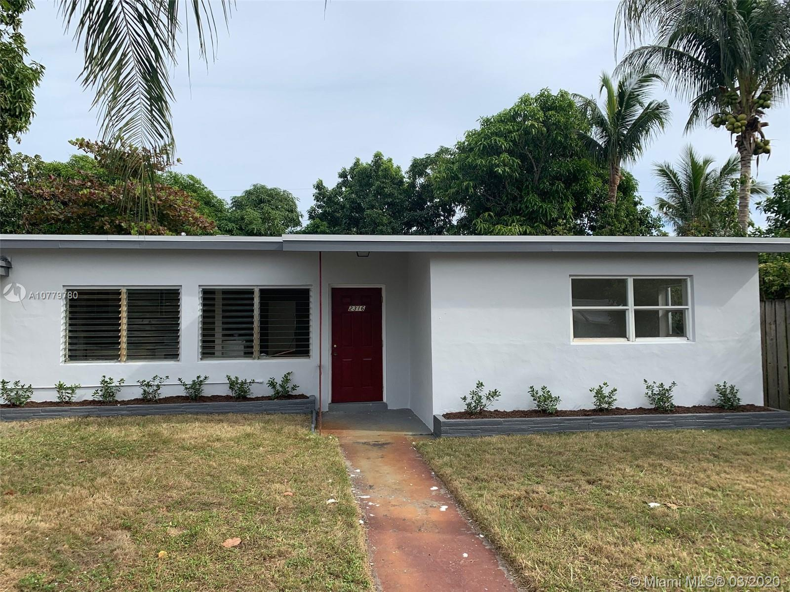 3/1 on great street in Boynton Beach.  New Roof in 2019.  Great location in proximity to beaches, I-