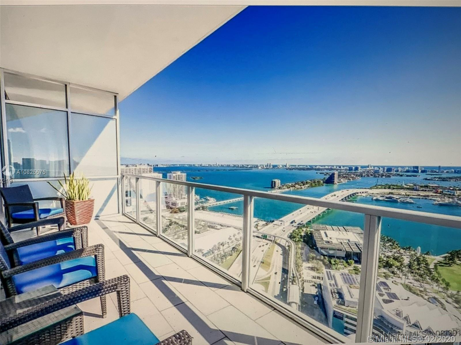 Best and most desirable location in Miami. Beautiful 2 bed/2.5 bath unit on the 40th floor with a pr