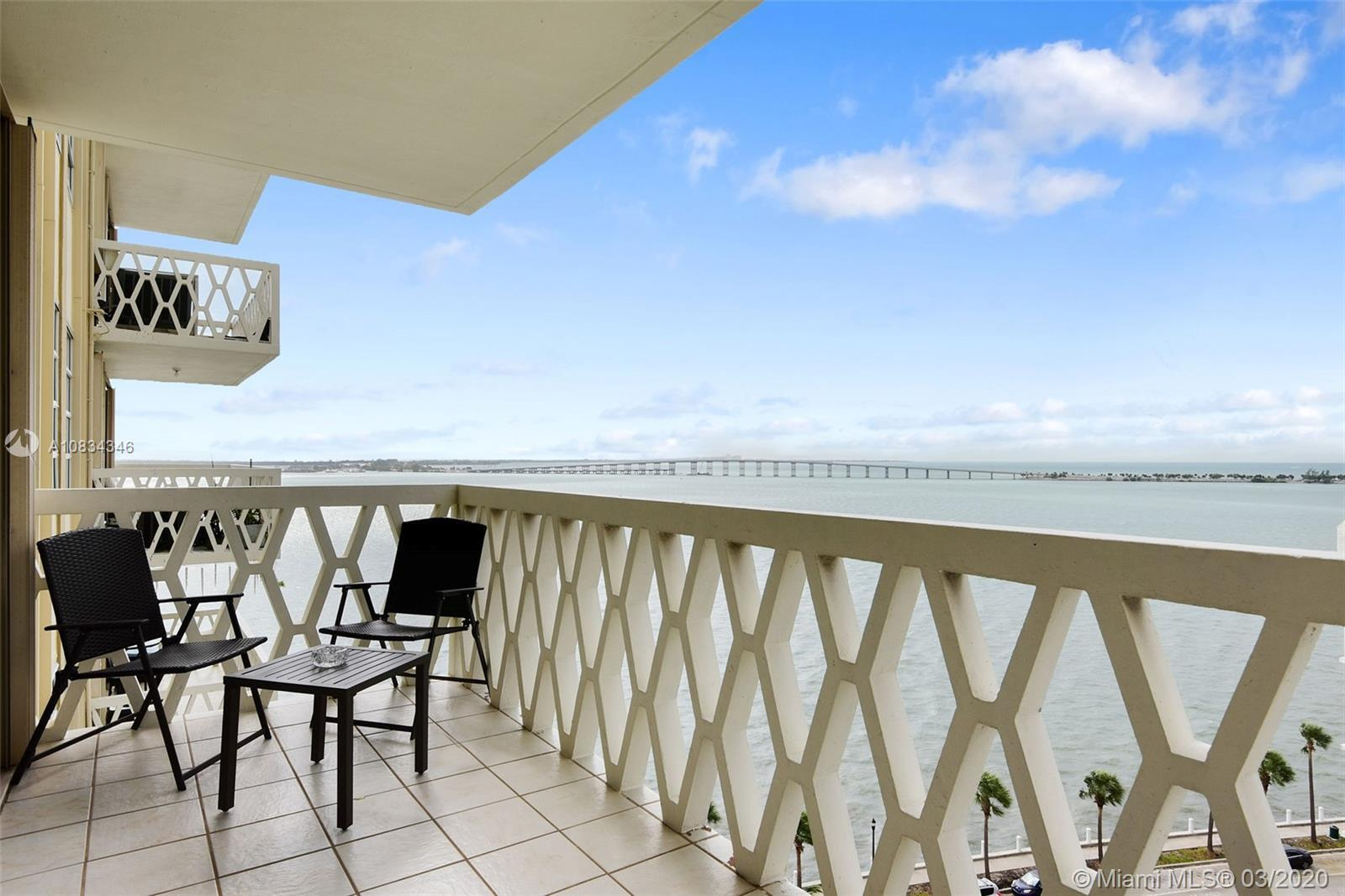 Enjoy the Brickell lifestyle AND come home to tranquility. Nestled just along Brickell Bay Drive, Br