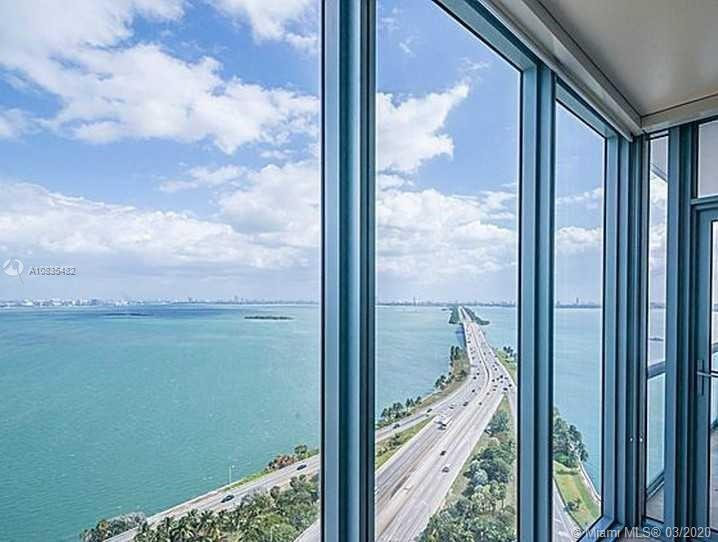 Enjoy the panoramic views from the 32nd floor with the best line in the entire building. Blue Condo