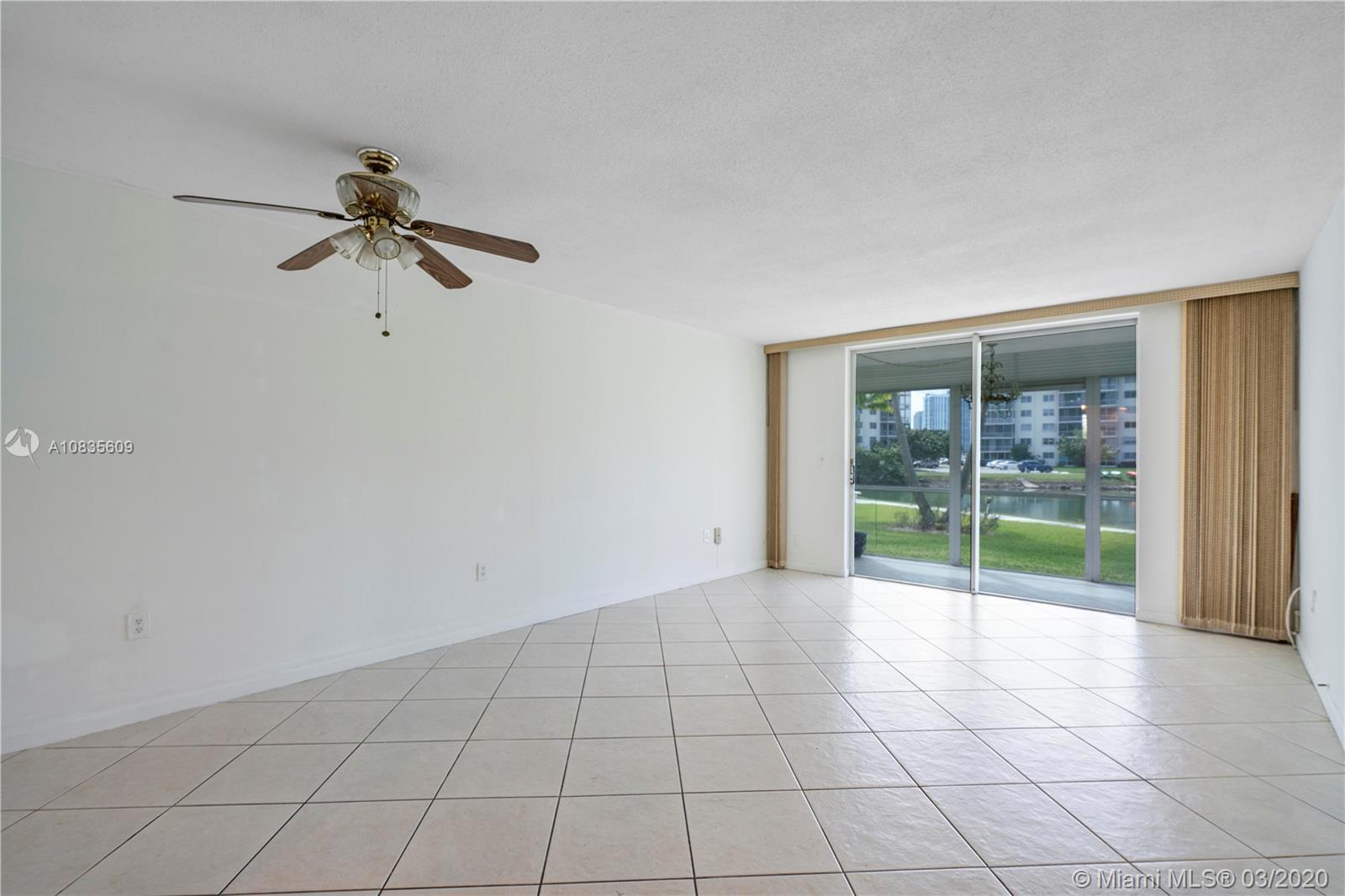 LOCATION, LOCATION, LOCATION. IN THE MIDDLE OF  AVENTURA. WHERE ALL THE ACTION IS! BEAUTIFUL LAKE VI