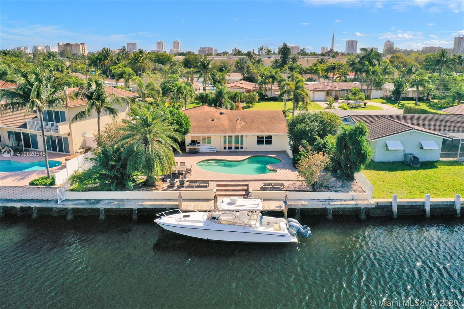 Amazing 150ft wide water views, one of the widest canals in Broward County. Totally remodeled house