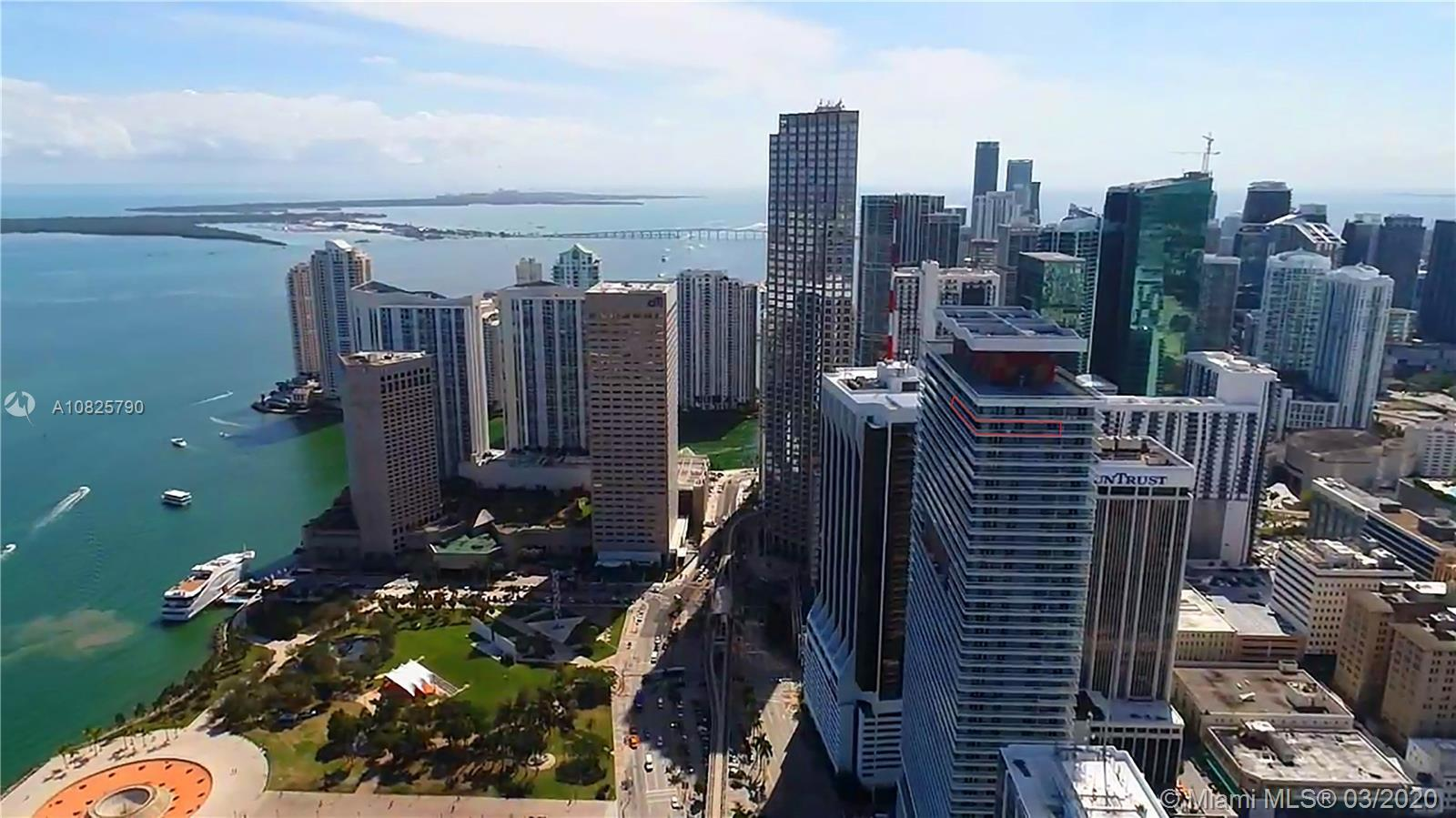 Perfect move­-in ready 3 Bedroom Lower PH Level Corner Unit in the best line at 50 Biscayne. Unsurpa