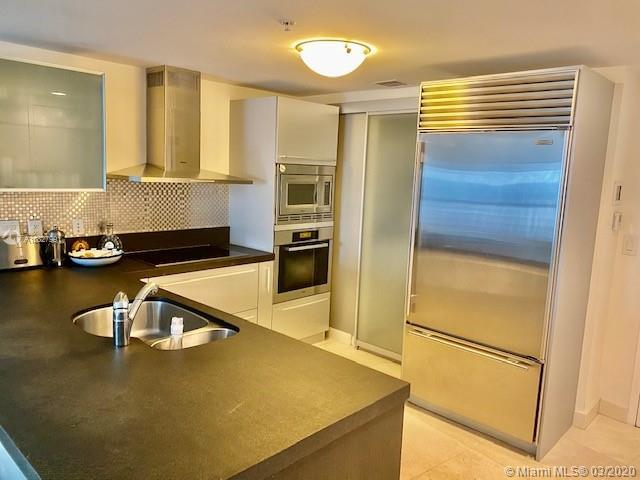 BEAUTIFUL FULLY FURNISHED PENTHOUSE UNIT. MARBLE FLOORS THROUGHOUT, FULLY EQUIPPED EUROPEAN KITCHEN,