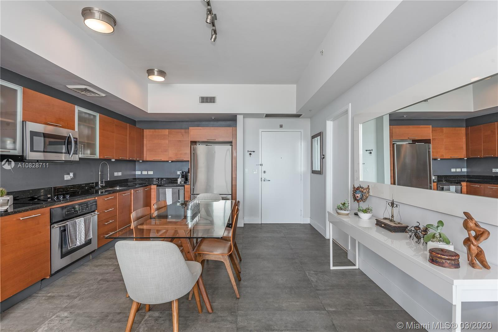 STUNNING UNIT. Recently renovated 1bd/1.5bath condo for sale in the heart of Midtown Miami. Brand ne