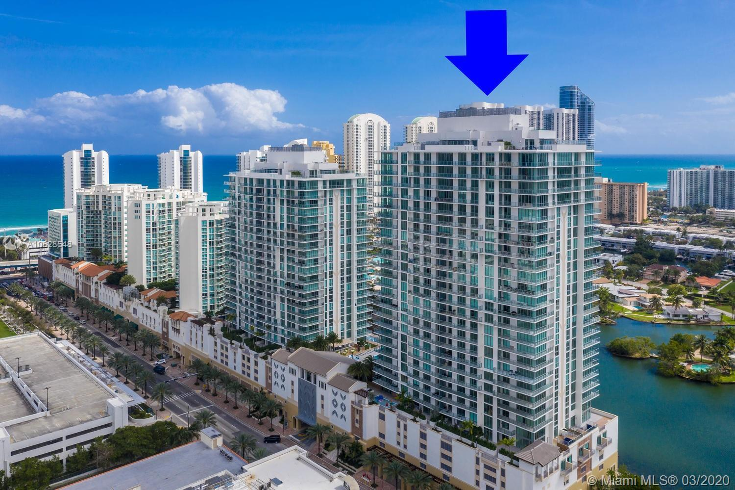 Jaw-Dropping 2 beds and 2 bath + Den unit w/ quartz counters and stainless steel appliances. Parque