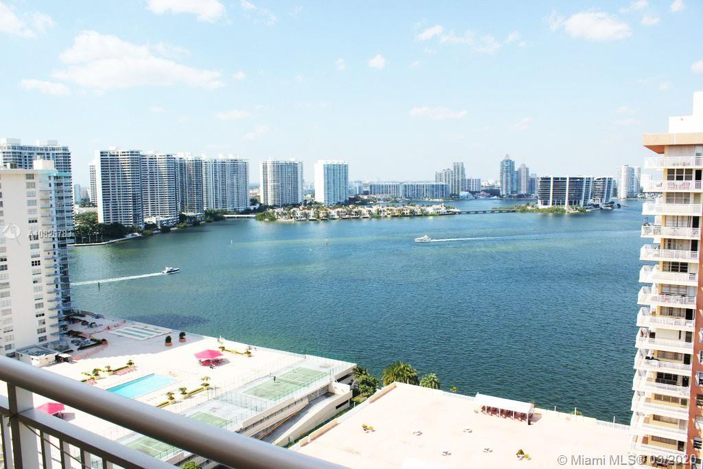 Gorgeous 2 bedroom 2 bath high floor condo with amazing views of the Intracoastal and Ocean. This ch