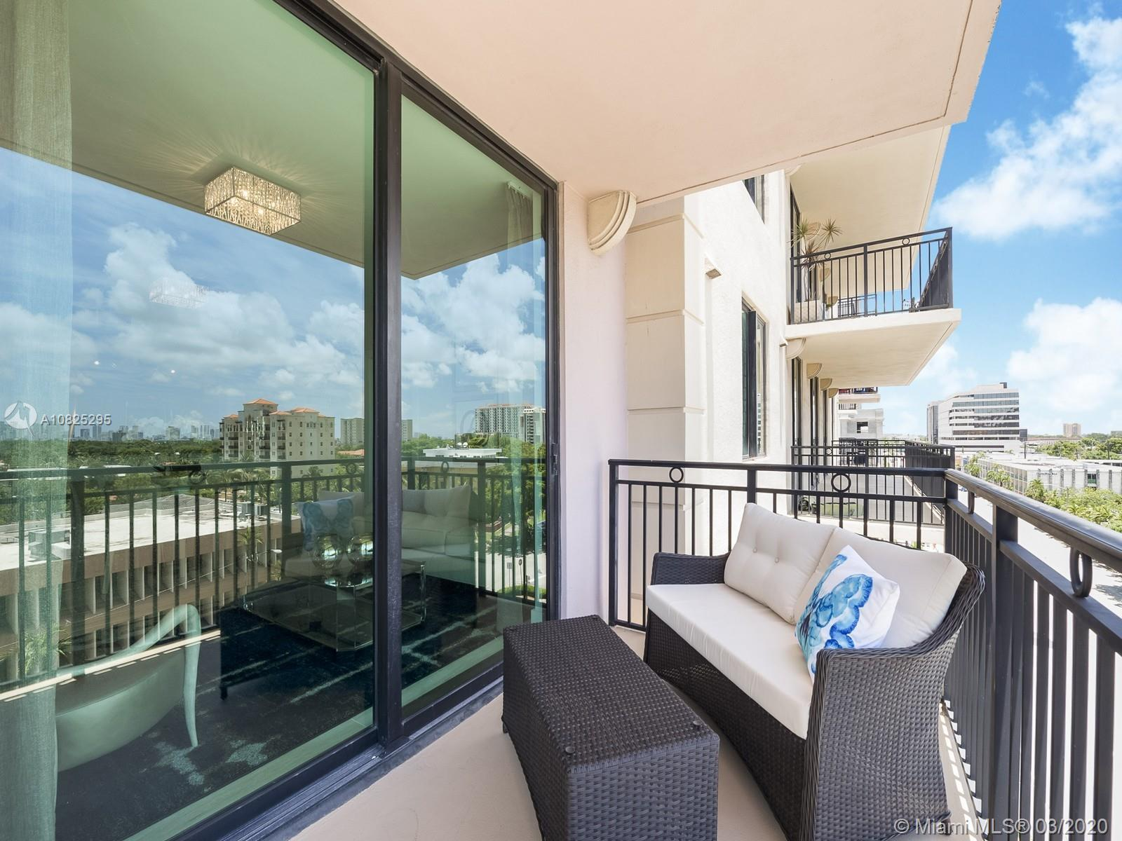 1300 Ponce de Leon is now introducing unit 304 to the marketplace!  Residence 304 offers 2 bedrooms